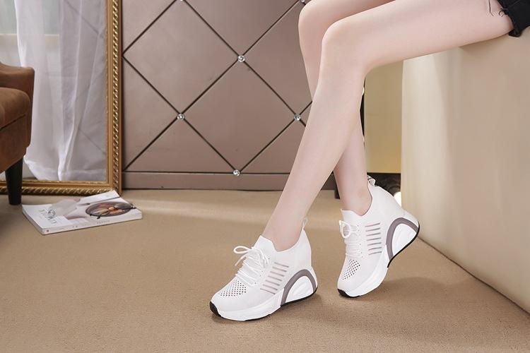 Giày thể thao nữ đế cao hàng hiệu 2