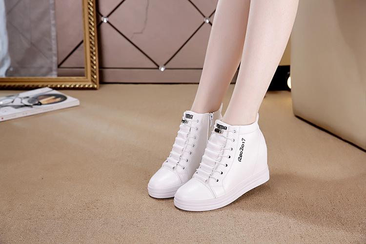 Cổ chân to đi giày gì cho phù hợp? 1