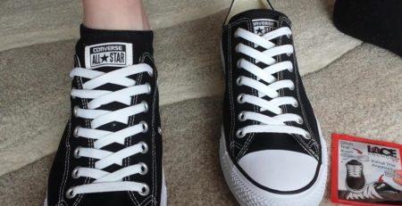 Buộc giày chặt hơn giúp bạn đi khít chân hơn và không bị rộng