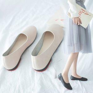 Giày búp bê không thể thiếu cho các cô nàng ưa thích sự dịu dàng, nhẹ nhàng