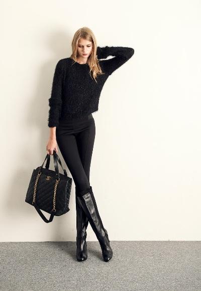 Đi giày nên mặc màu gì để trông cao hơn? 33